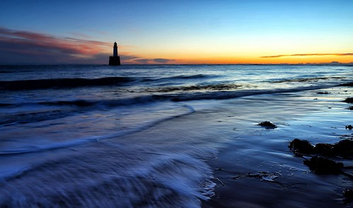aberdeenshire rattrayhead lighthouse sunrise sunse water canon canon6d blue wave longexposure le landscape