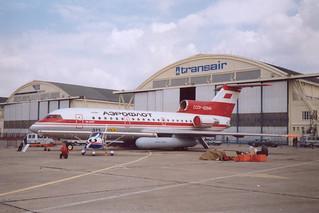 CCCP-42644 Yak-42 @ LBG 15 juni 1991