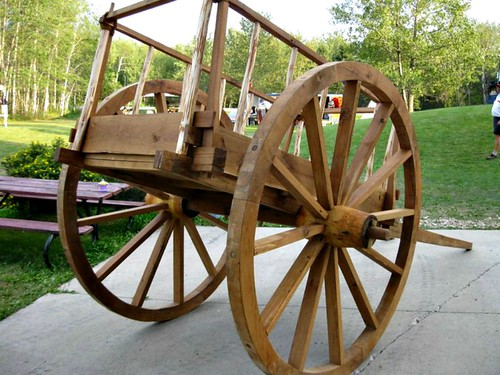 red river cart of old