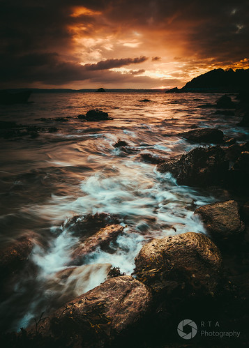 copper colour sunset torbay torquay meadfootbeach sea rocks seascape rtaphotography nikond750 nikkor1835 wave sky clouds nature outdoors water