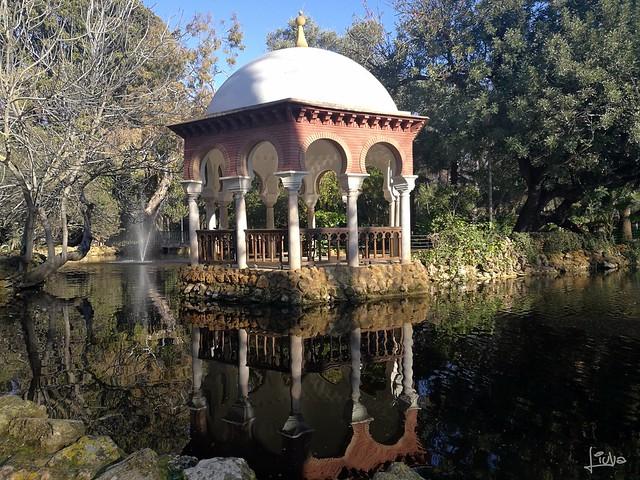 Templete parque María Luisa
