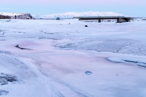 01012018 2018 iceland january kirkjubæjarklaustur newyearsday newyear´sday skaftárhreppur stjórnarfoss nýársdagur öræfajökull blue pink snow ice frozen river glacier