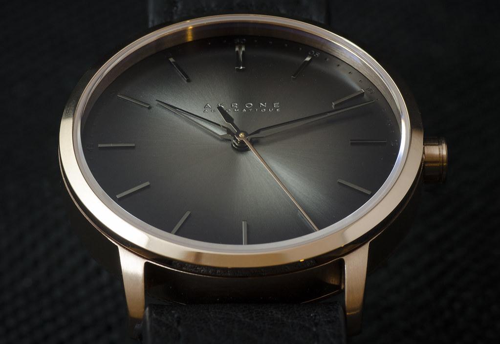 Akrone : des montres, tout simplement 39343592084_60b61c705c_b