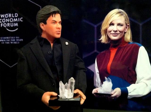 WEF Crystal Award in Davos (SRK doll tribute)