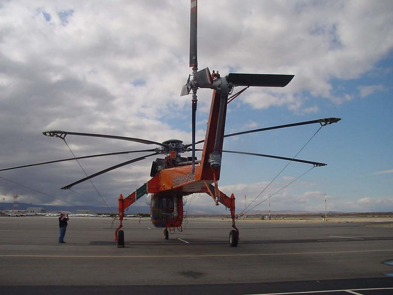 西科斯基S-64E7空中吊车