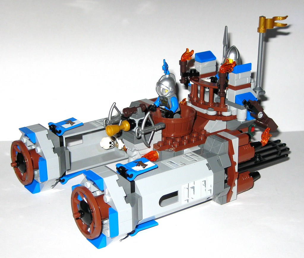 Lego 70806 The Lego Movie Castle Cavalry 2014 W Tjparkside Flickr