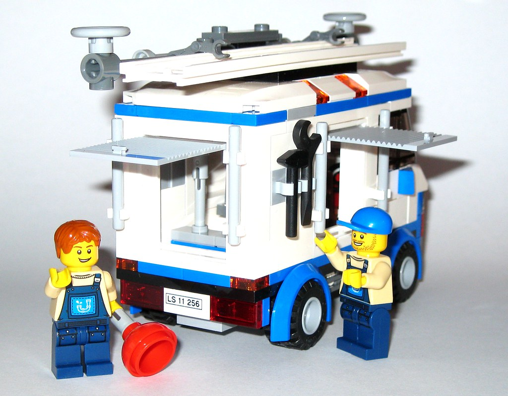 Lego 70811 The Lego Movie The Flying Flusher 2014 L A Photo On Flickriver