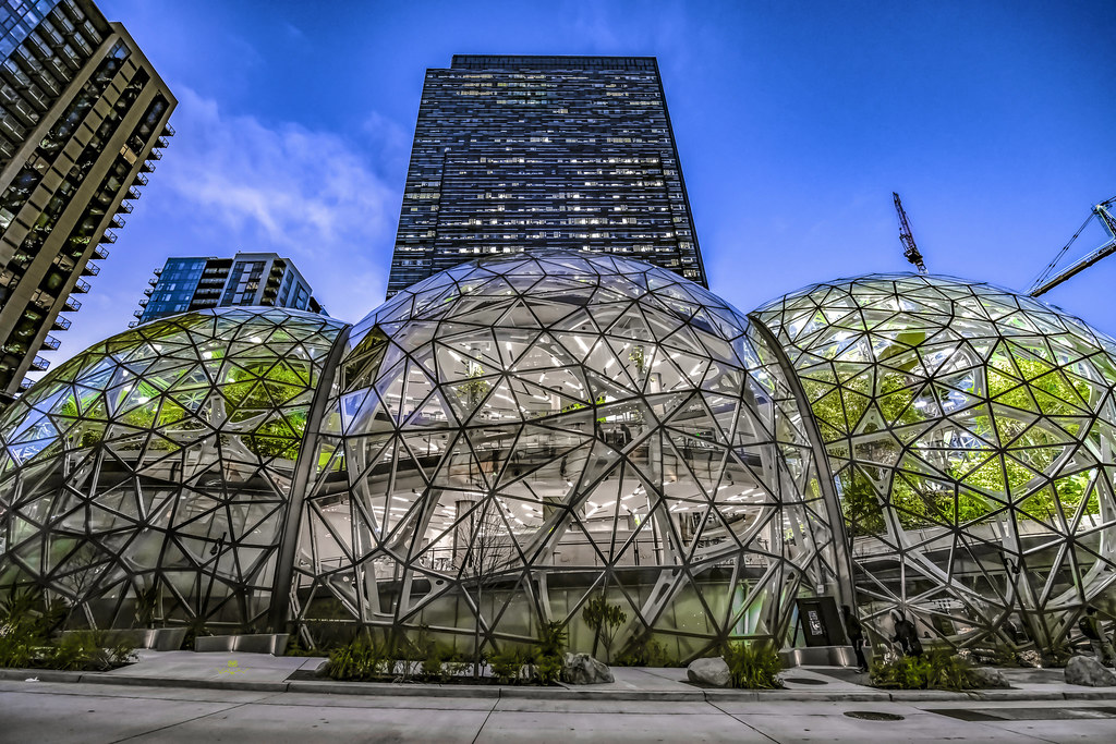 Amazon World Headquarters And Glass Spheres Seattle 1428 18