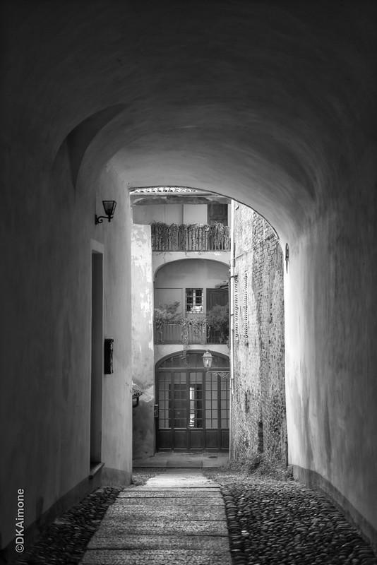 Passageway, Biella