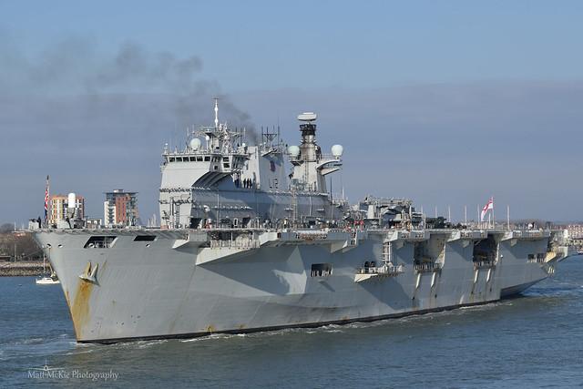 HMS Ocean (L12)