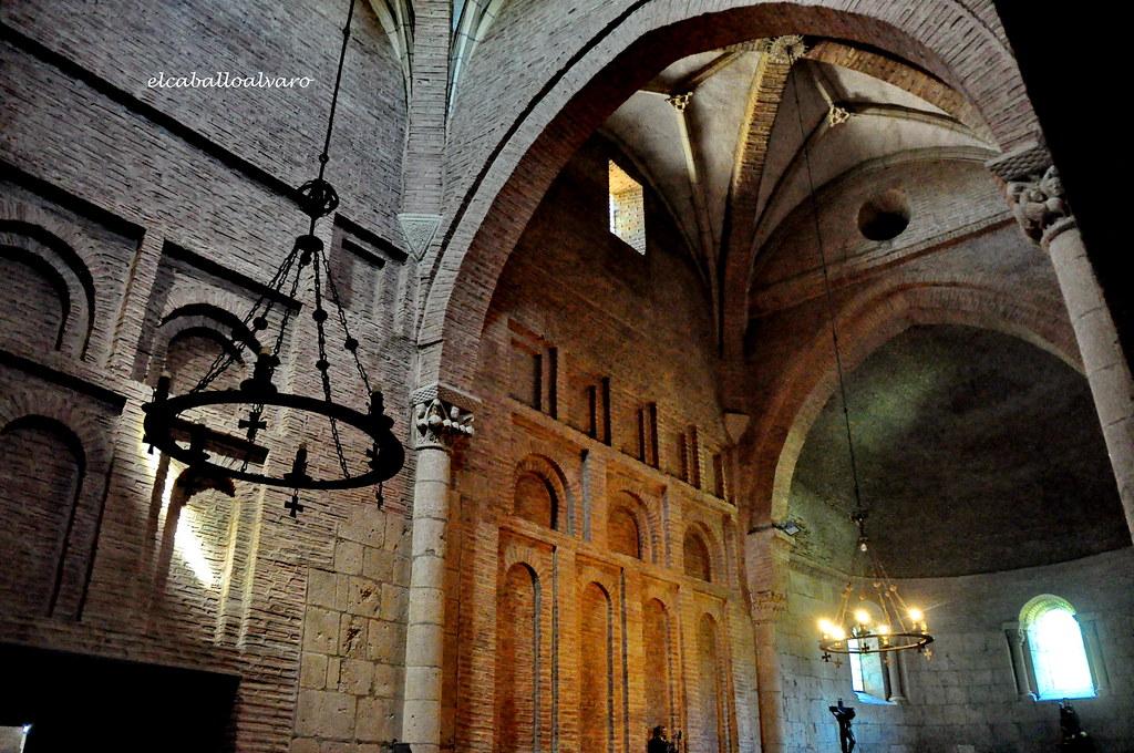 566 – Interior - Monasterio San Pedro de las Dueñas (León)… | Flickr
