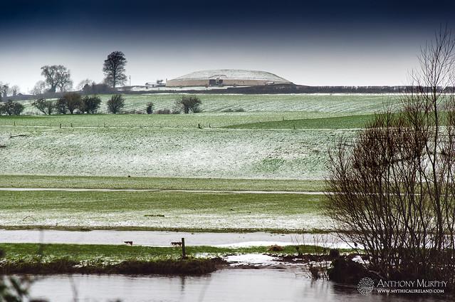 Newgrange in the snow