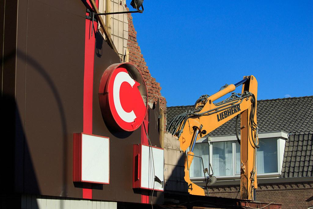 jt city cinema hilversum | the demolition of the former jt c… | flickr