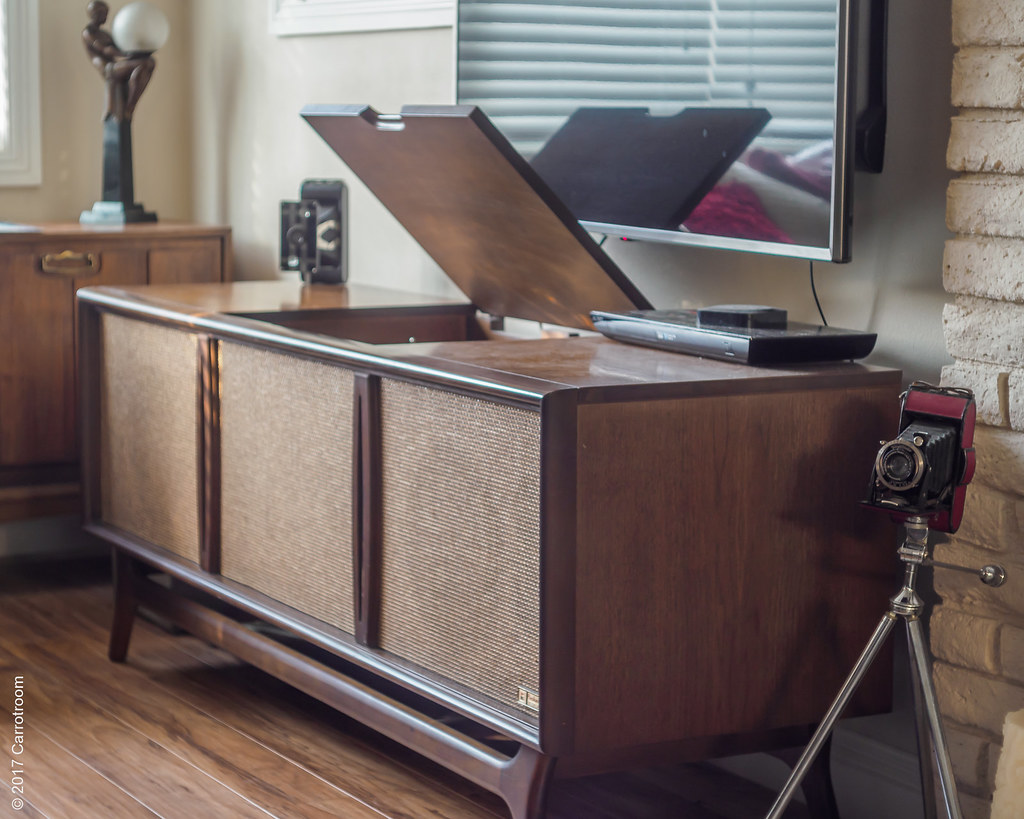 Packard Bell Console stereo | Taken with Olympus Pen-F Digit