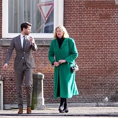 Burgemeester Pauline Krikken en  woordvoerder Daan Bonenkamp