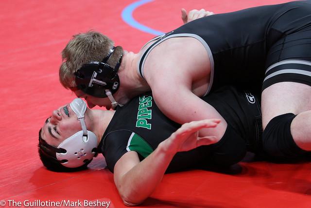 182A Semifinal - Holt Truax (Bertha-Hewitt-Verndale-Parkers Prairie) 43-1 won by major decision over Garrett Ploeger (Pipestone Area) 37-9 (MD 20-8) - 180303amk0076