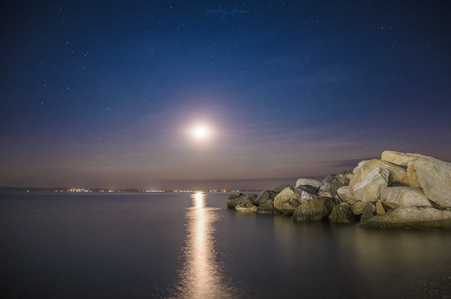 Sea, Moon & Serenity