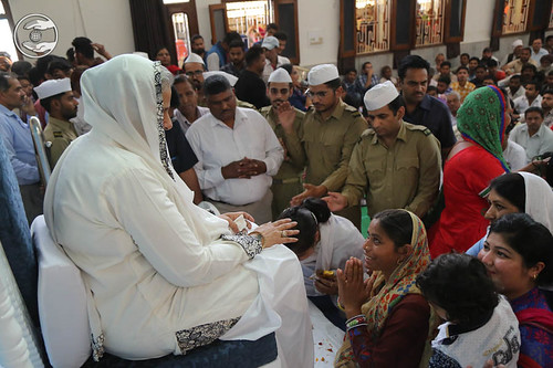 Devotees seeking blessings at Satsang Bhawan, Hissar