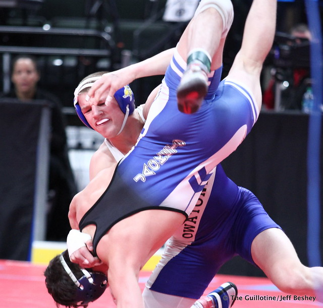 Semifinal - Peyton Robb (Owatonna) 48-0 won by fall over Martin Puttbrese (Cambridge-Isanti) 44-7 (Fall 0:27). 180303AJF0439