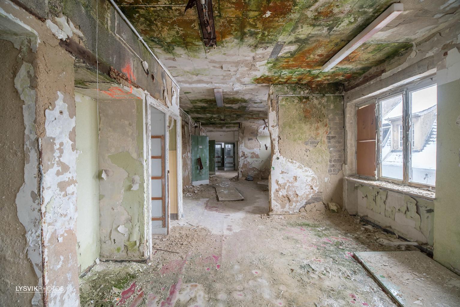 Dilapidated hallways in Kent School