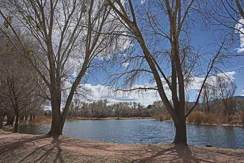 deadhorseranch statepark cottonwood arizona lagoon lake pond water trees sky clouds landscape hiking