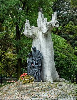Monument to Janusz Korczak in  Świętokrzyski Park - Warsaw, Poland