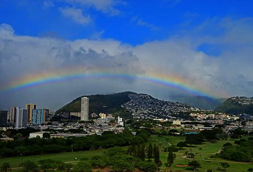 rainbow sky clouds manoavalley kapahulu alawai alawaiboulevard hawaii oahu honolulu alawaigolfcourse iolanischool palolovalley moiliili rainbows valleyoftherainbow muntains hawaiinei nikon nikond3200
