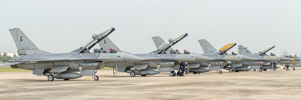 General Dynamics F-16 Fighting Falcon - Royal Thai Air For