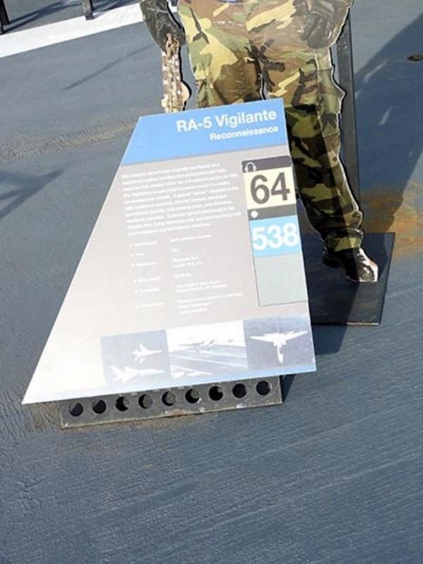 North American RA-5C Vigilante 6