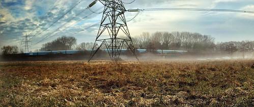 oxfordshire iphone6 train morning panorama englishcountryside england uk sunrise pylon sun