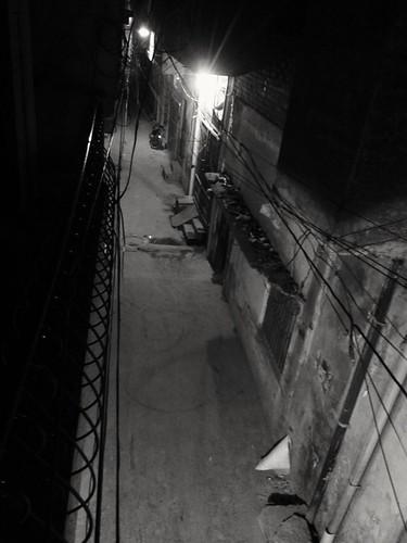 street streetview nightstreet streetlights streetandlights streetlife streetatnight blackwhite blackandwhitephoto blackandwhitemaniacs blackandwhitephotography darkstreet bw bwphotography ngc nightstalker zohaibusmanphotography poshe550 urbanstreet