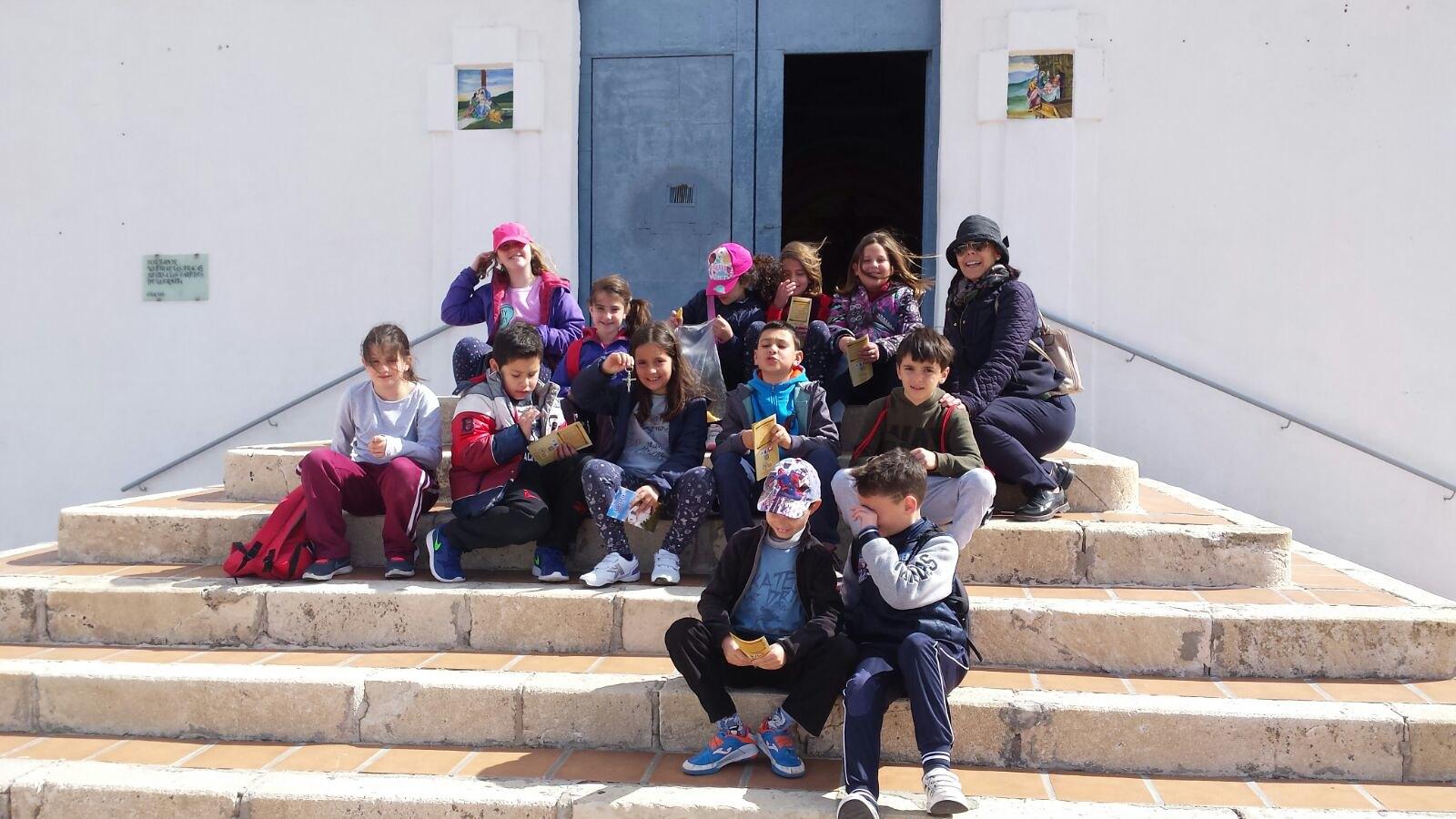 (2018-03-16) - Visita ermita alumnos Laura,3ºB, profesora religión Reina Sofia - Marzo -  María Isabel Berenguer Brotons (02)