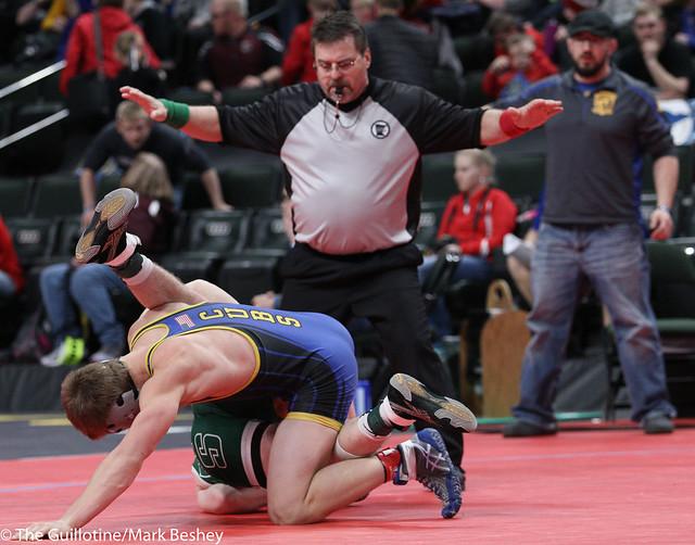 145A Quarterfinal - Chandler Mooney (Roseau) 43-3 won by decision over Zack Holtz (Kimball Area) 40-8 (Dec 7-4) - 180302cmk0036