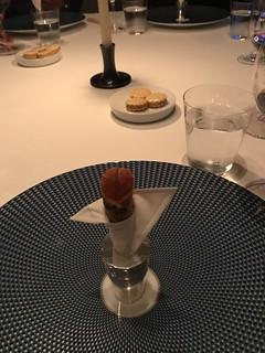 Tuna tartare cornet | by rnair