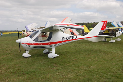 G-CFFJ Flight Design CTSW [07-12-10] Popham 020509 | by peterolding
