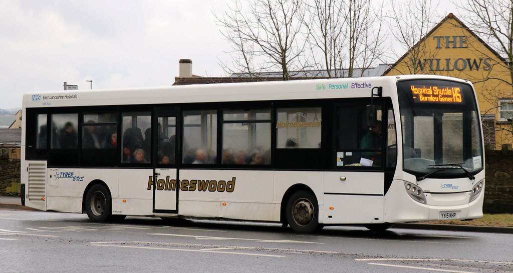 Holmeswood Coaches Group YY15NHP on Shadsworth Rd, Guide