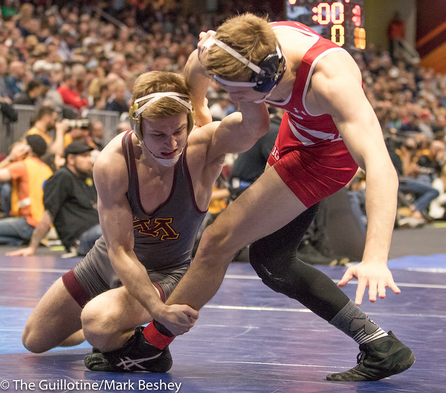 165 Cons. Round 4 - Evan Wick (Wisconsin) 27-7 won by fall over Nicholas Wanzek (Minnesota) 25-12 (Fall 3:17) - 180316bmk0402