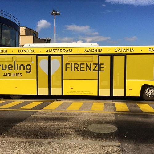 #Firenze #Florence #airport #Italia #italie #yellow