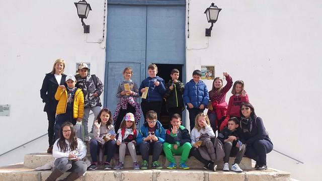(2018-03-13) - Visita ermita alumnos Laura,3ºA, profesora religión Reina Sofia - Marzo -  María Isabel Berenguer Brotons (01)
