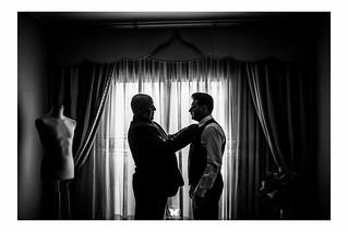 Momento padre e hijo. Más fotos en www.frankpalace.com #frankpalace #fotografodebodas #bodas
