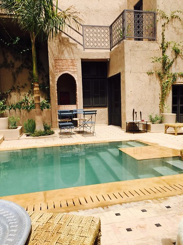 RIad Piscine Barbq