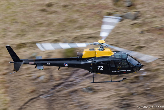 Defence Hlicopter Flying School ZJ272 through Dunmail Raise