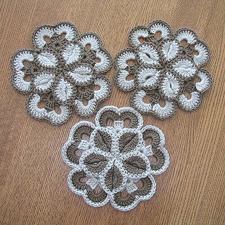 🙆‍♀️ 👌 💕 I'm in love with this model of flowers in crochet very charming and precious very pretty pattern