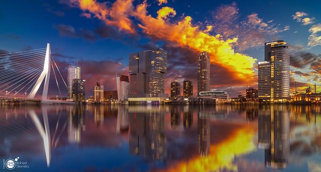 [E X P L O R E] Awesome skyline of Rotterdam