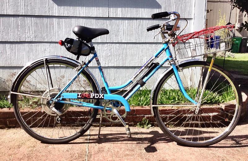 Refugee bike 37