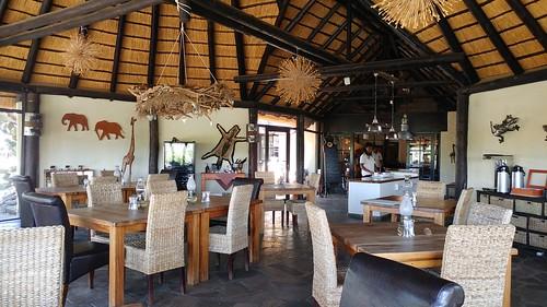 bungalows cuisine immanuelwildernesslodge lodge piscine wbayercom windhoek