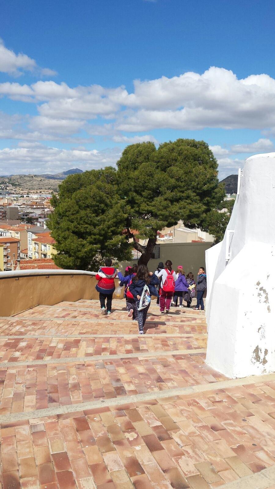 (2018-03-16) - Visita ermita alumnos Laura,3ºB, profesora religión Reina Sofia - Marzo -  María Isabel Berenguer Brotons (01)