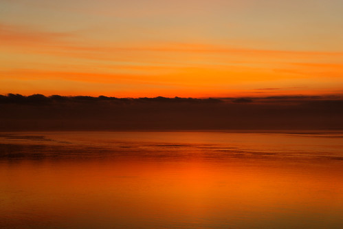 reflections skyscape humberestuary clouds colourful orange water tidal morning sunrise tranquil halcyon fog mist still calm ripples smooth