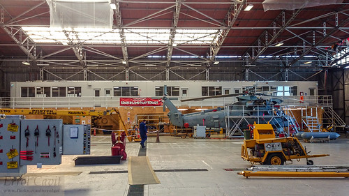 6SQN RNZAF hangar | by errolgc