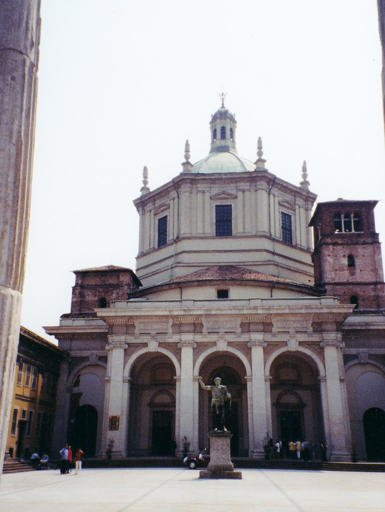 Milan - San Lorenzo Maggiore | The Basilica of San Lorenzo ...